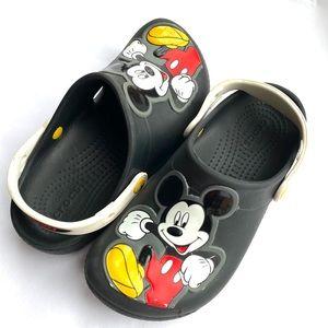 Disney Mickey Mouse Kids Crocs Clogs Size 2